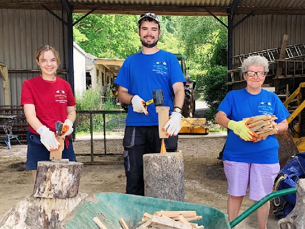 Mount Lodge Care Farm. Special Needs Adult Farm Education, Biddenden, Kent.